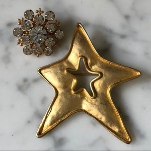 Vintage Set of 2 Rhinestone Star Brooches